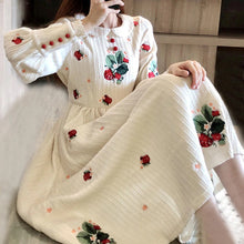 Load image into Gallery viewer, Flower Embroidery Vintage Cute Peter Pan Collar Long Dress