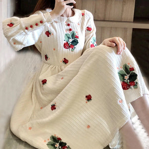 Flower Embroidery Vintage Cute Peter Pan Collar Long Dress