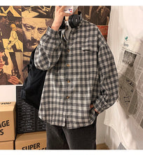 Load image into Gallery viewer, Loose Oversize Plaid Shirt