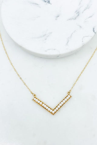 Chevron Pearl Necklace