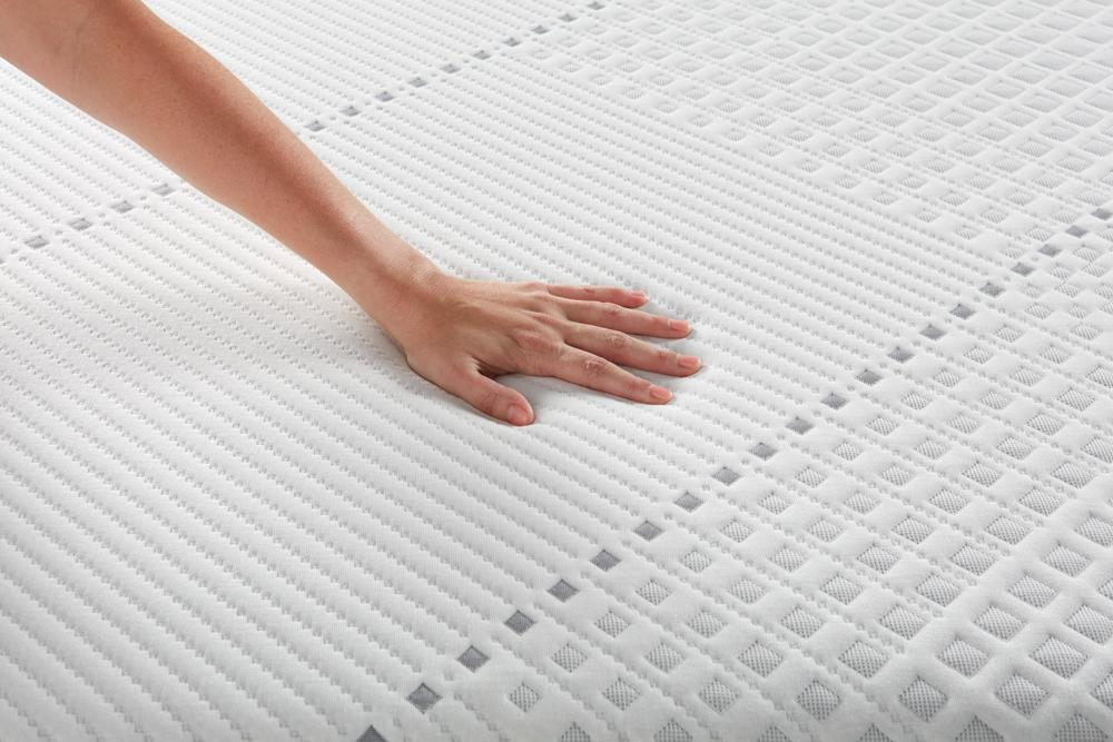 Beautyrest Hybrid Plush Mattress Mattress Simmons