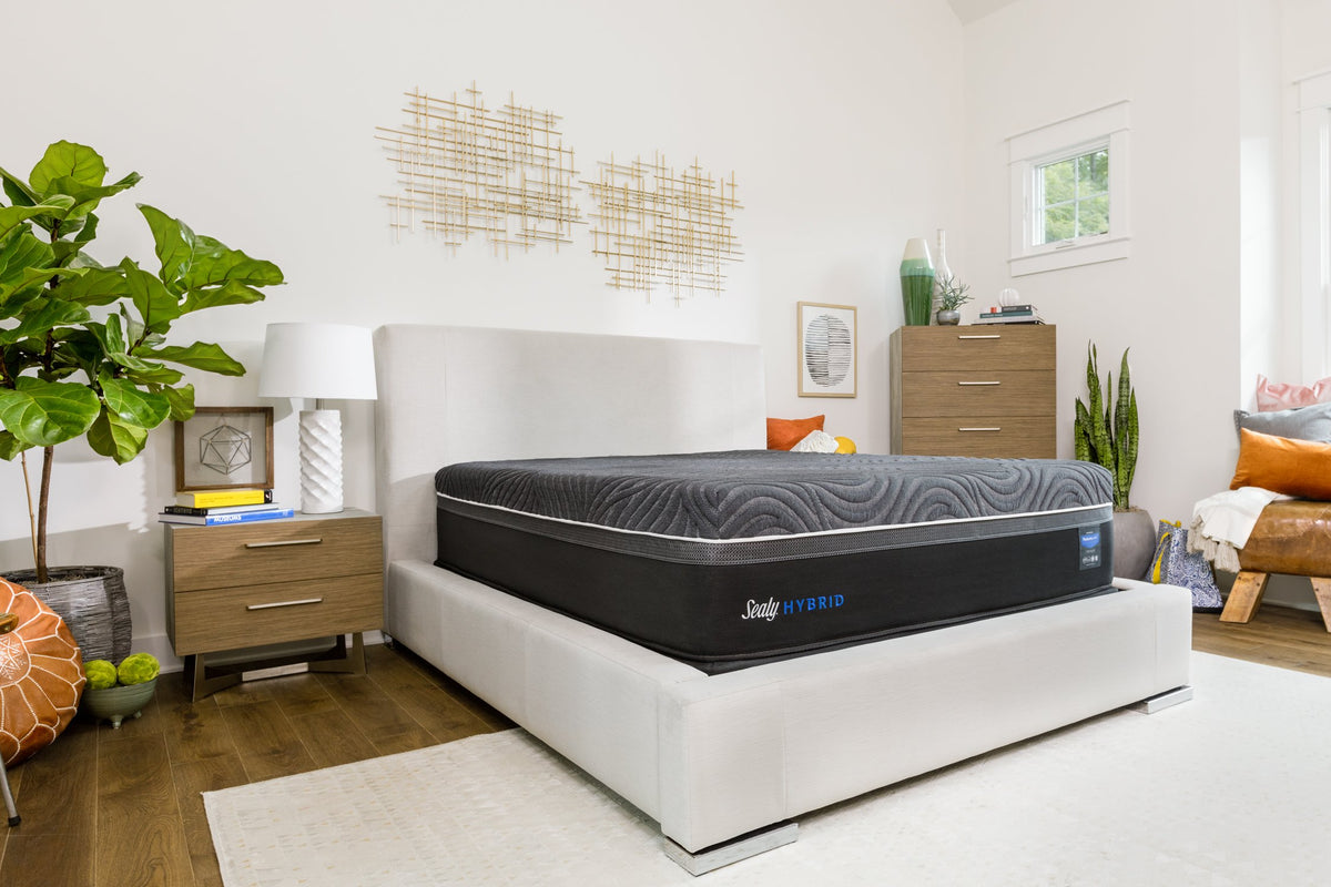 Sealy Hybrid Silver Chill Plush Mattress Mattress Sealy