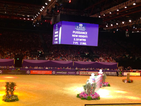 The Puissance at Horse of the Year Show 2014