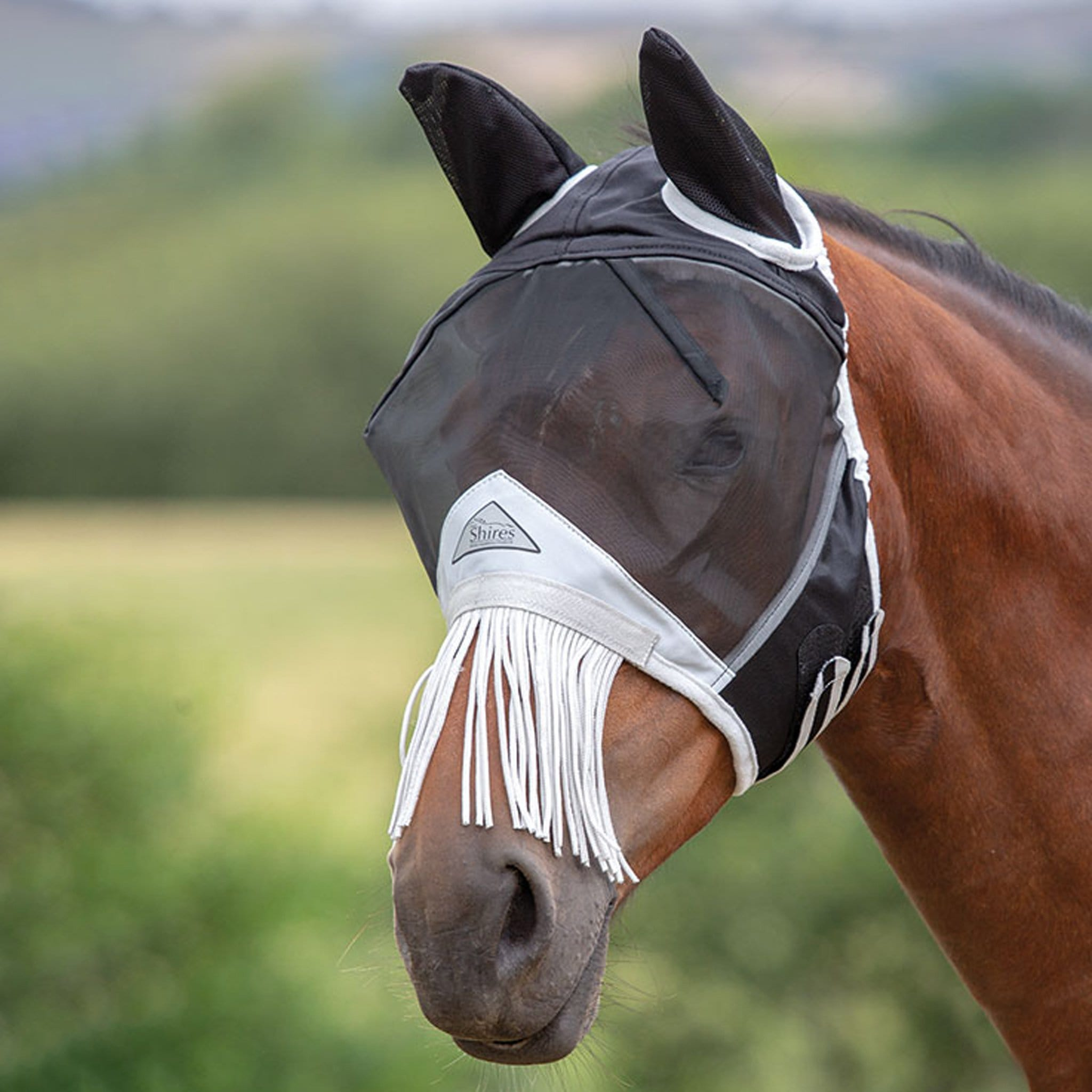 Shires Fine Mesh Fly Mask with Nose Fringe 6664 Black