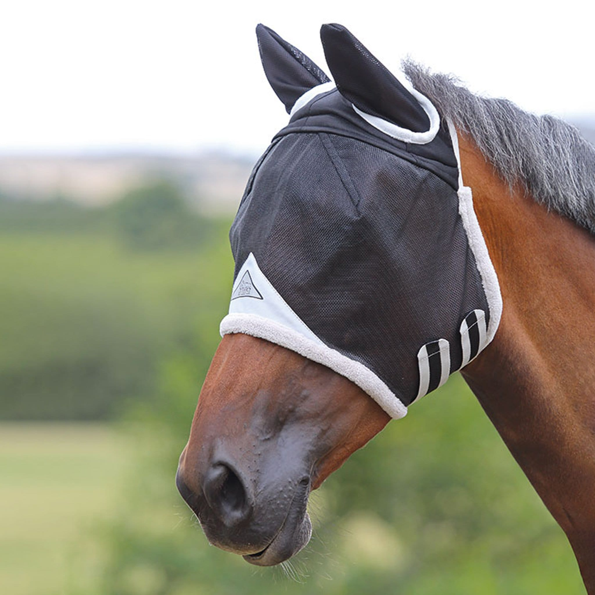 Shires Field Durable Fly Mask with Ears 6668 Black