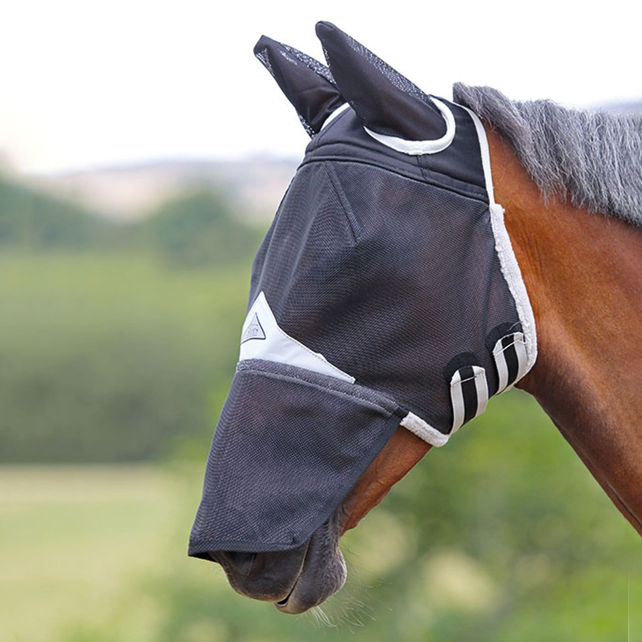 Shires Field Durable Fly Mask with Ears and Nose 6669 Black