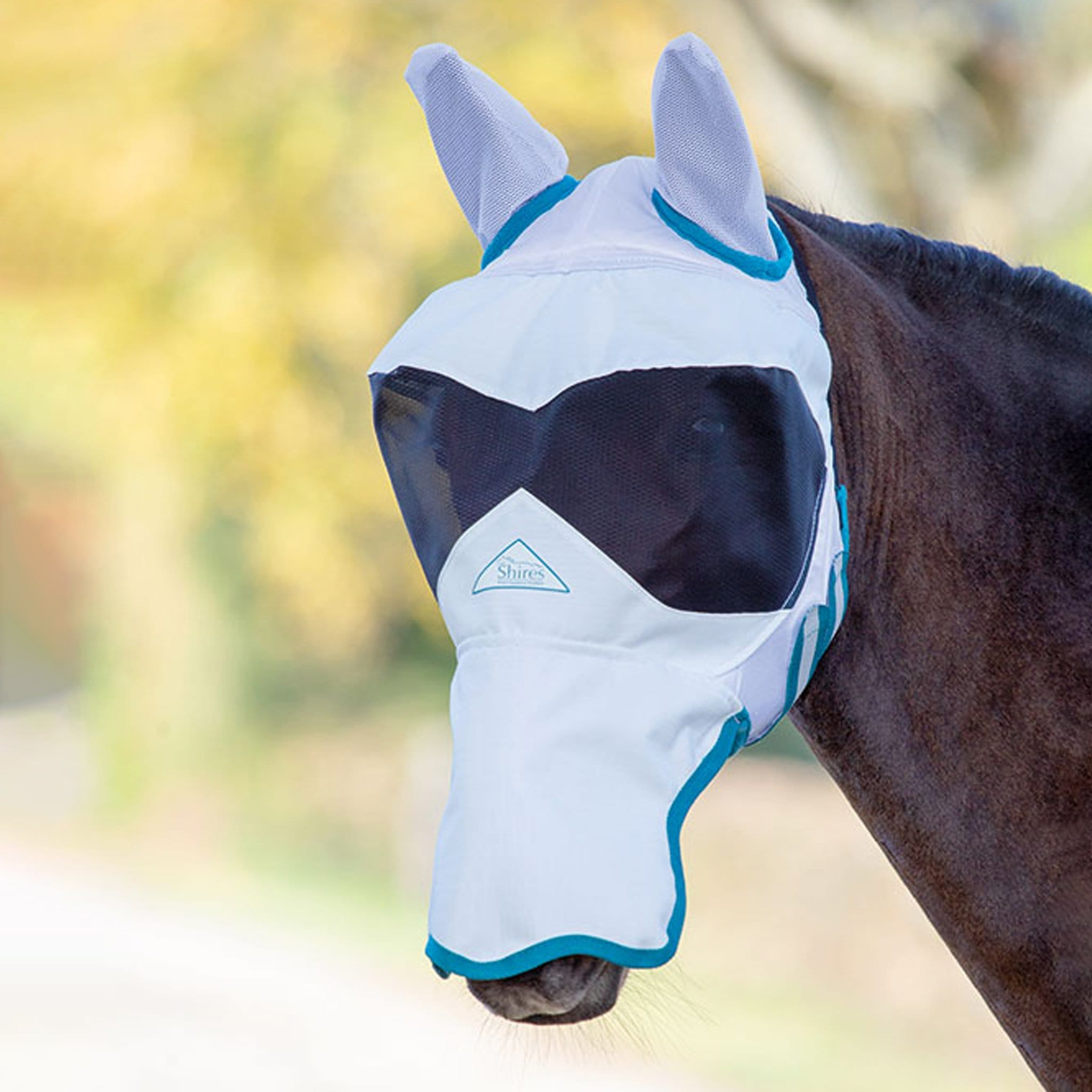 Shires Ultra Pro Fly Mask with Ears and Nose 6674 White