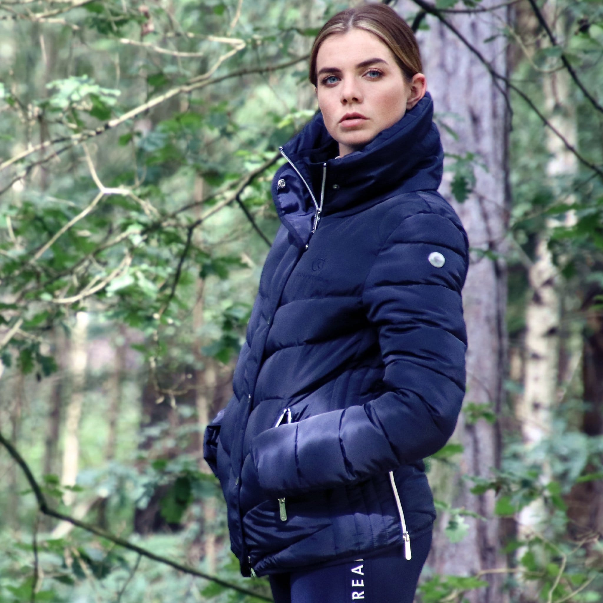 Coldstream Kimmerston Quilted Jacket Navy On Model 24143