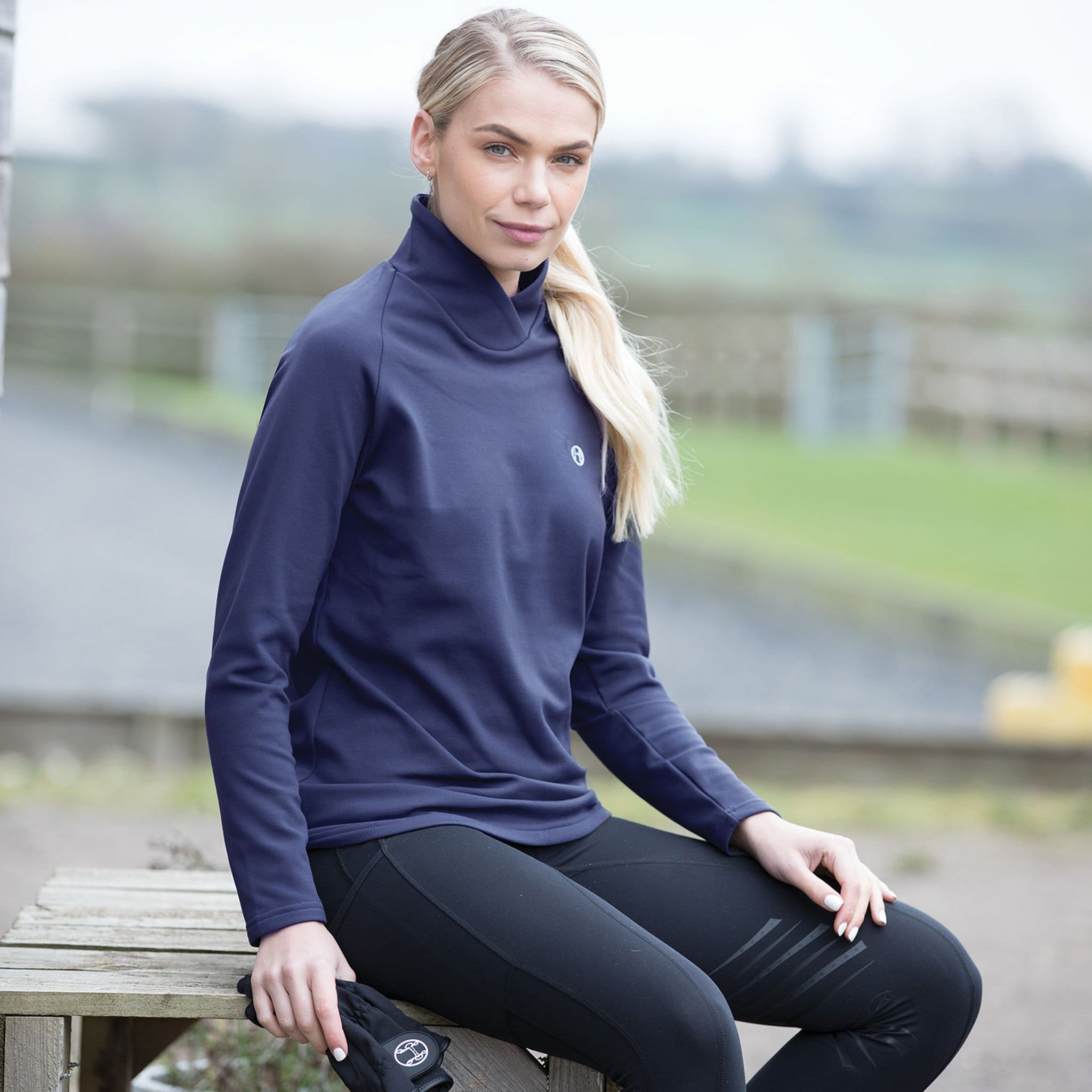 Equetech Cross-Over Thermal Base Layer Navy On Model CXT.