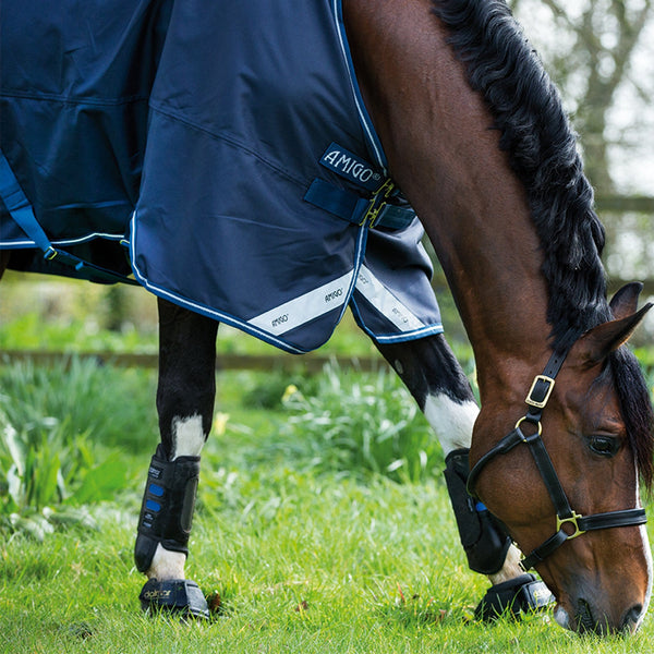 Horseware Amigo Bravo 12 Original Lite 0g Turnout Rug Navy Close Up AARA41