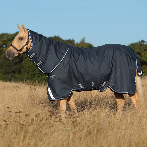 Horseware Amigo Bravo 12 Plus Lite 0g Turnout Rug Side View AARP70