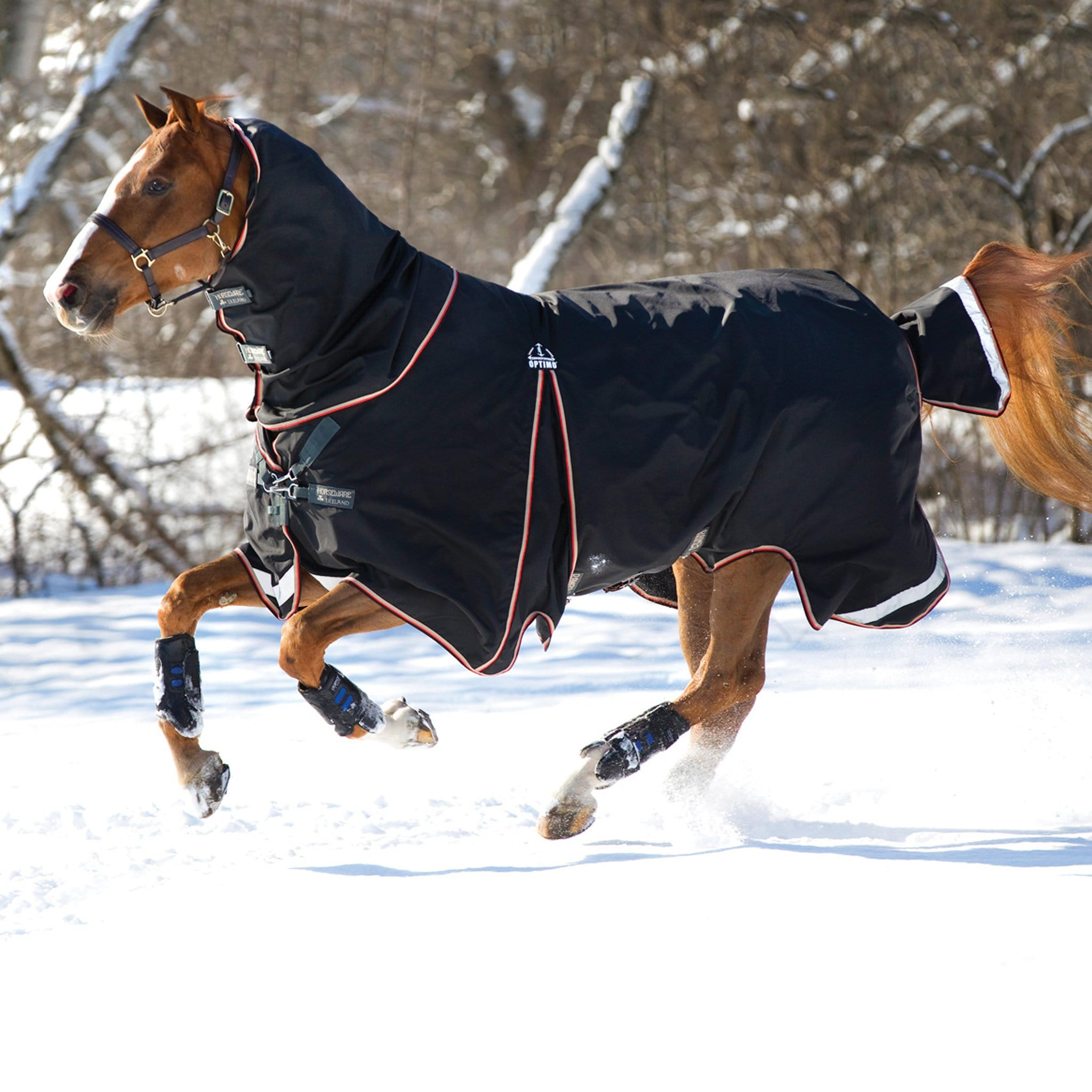 Rambo Optimo Heavyweight 400g Turnout Rug And Detachable Neck Cover Galloping Horse in the Snow LHS AAAF11