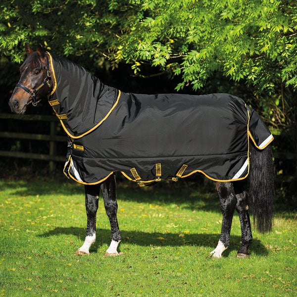 Horseware Rambo Supreme Heavy 420g Turnout Rug Black and Gold Side View AAAS93
