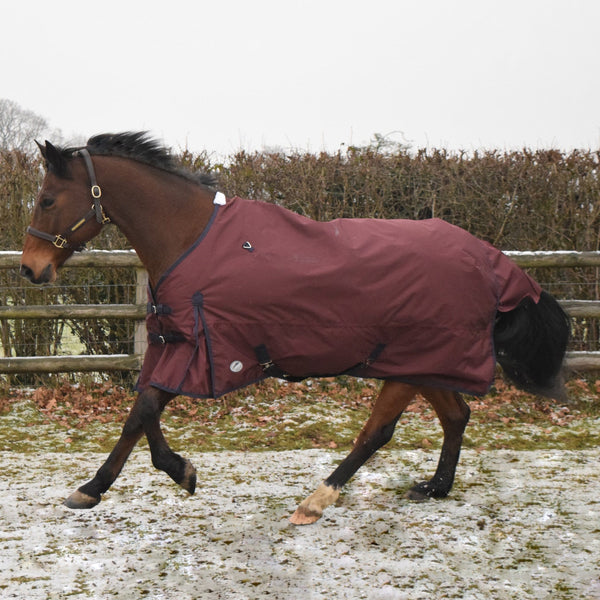 JHL Essential Lightweight Turnout Rug Burgundy JHL880700