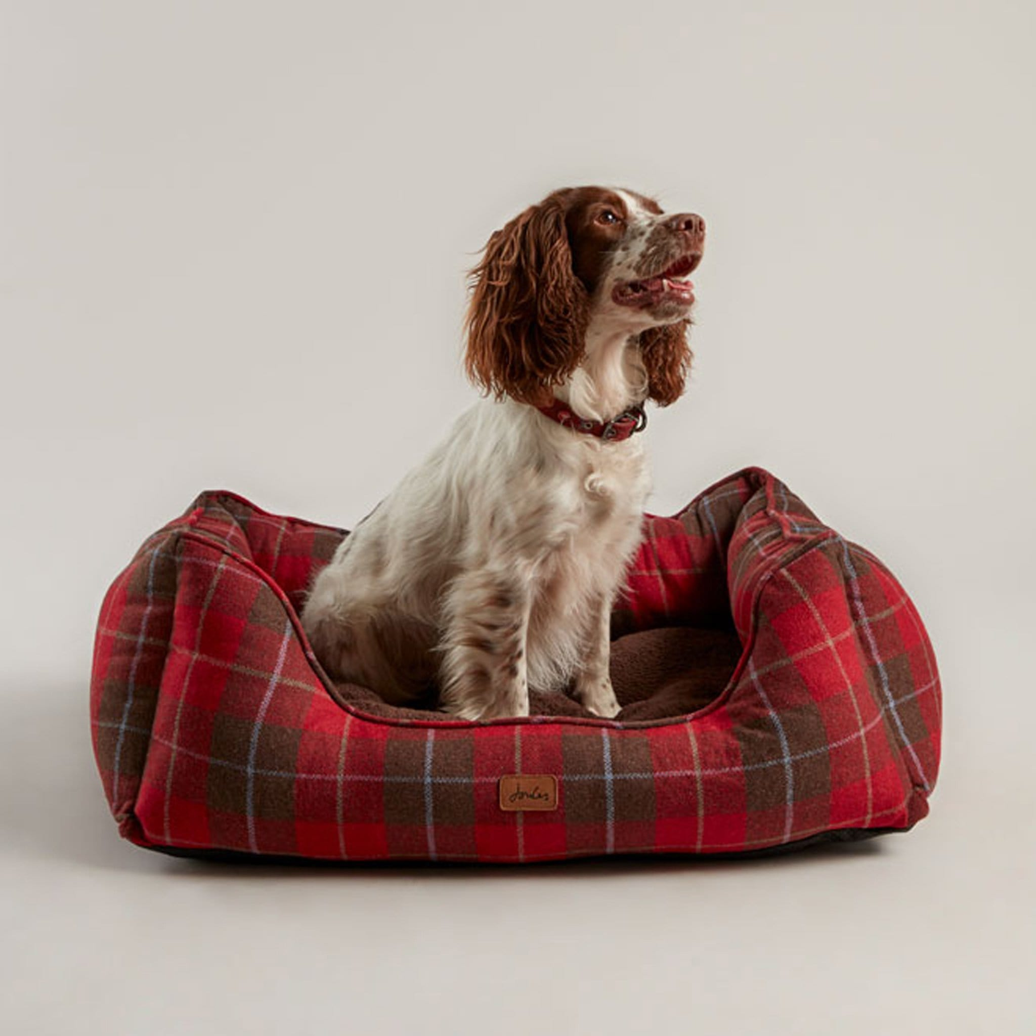 Joules Heritage Tweed Box Dog Bed 27121 Front