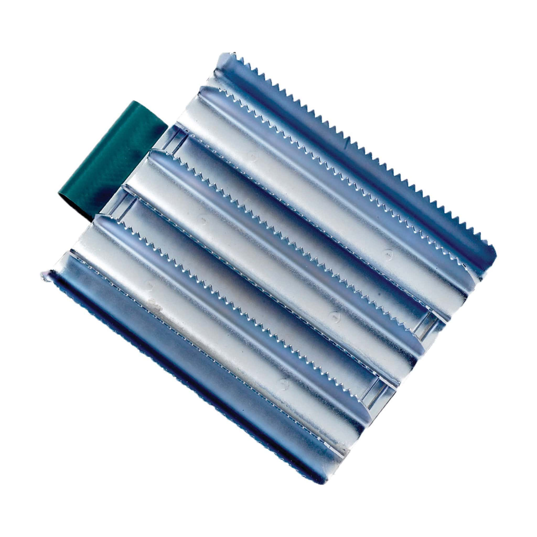 Lincoln Military Metal Curry Comb 4325.