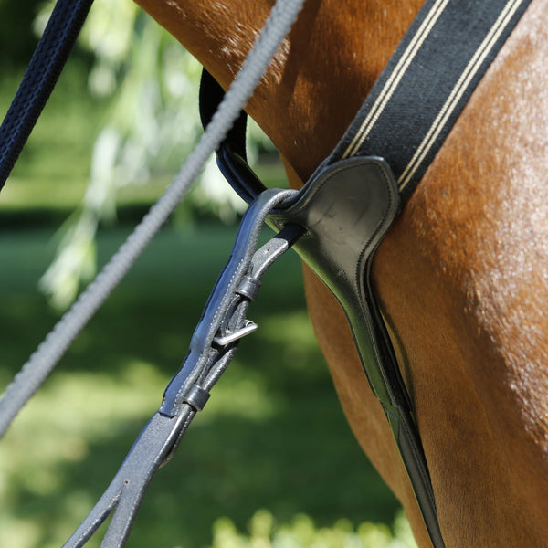 Mark Todd Performance Elastic Breastplate Black Close Up Martingale Attachment TOD893250