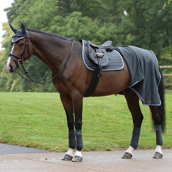 Saxon Coordinate Polar Fleece Rug Grey Matching Set on Horse 811866