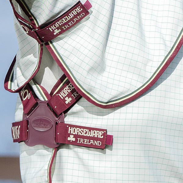 Amigo Aussie All Rounder Combo Fly Rug AFRP40 White and Burgundy Disc Front Closure