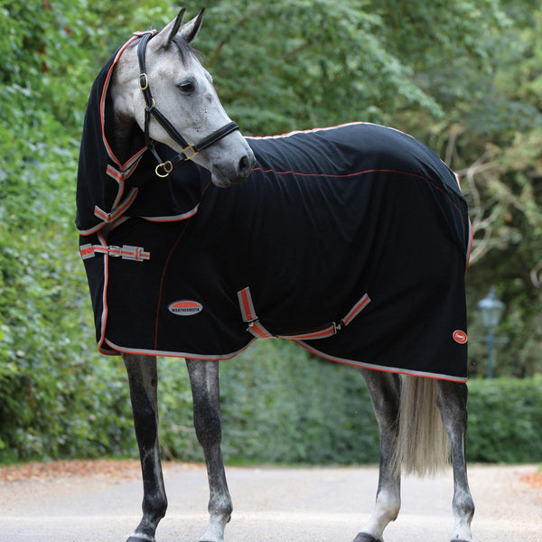 Weatherbeeta Therapy-Tec Combo Neck Rug Horse Looking To Side Neck More Clear