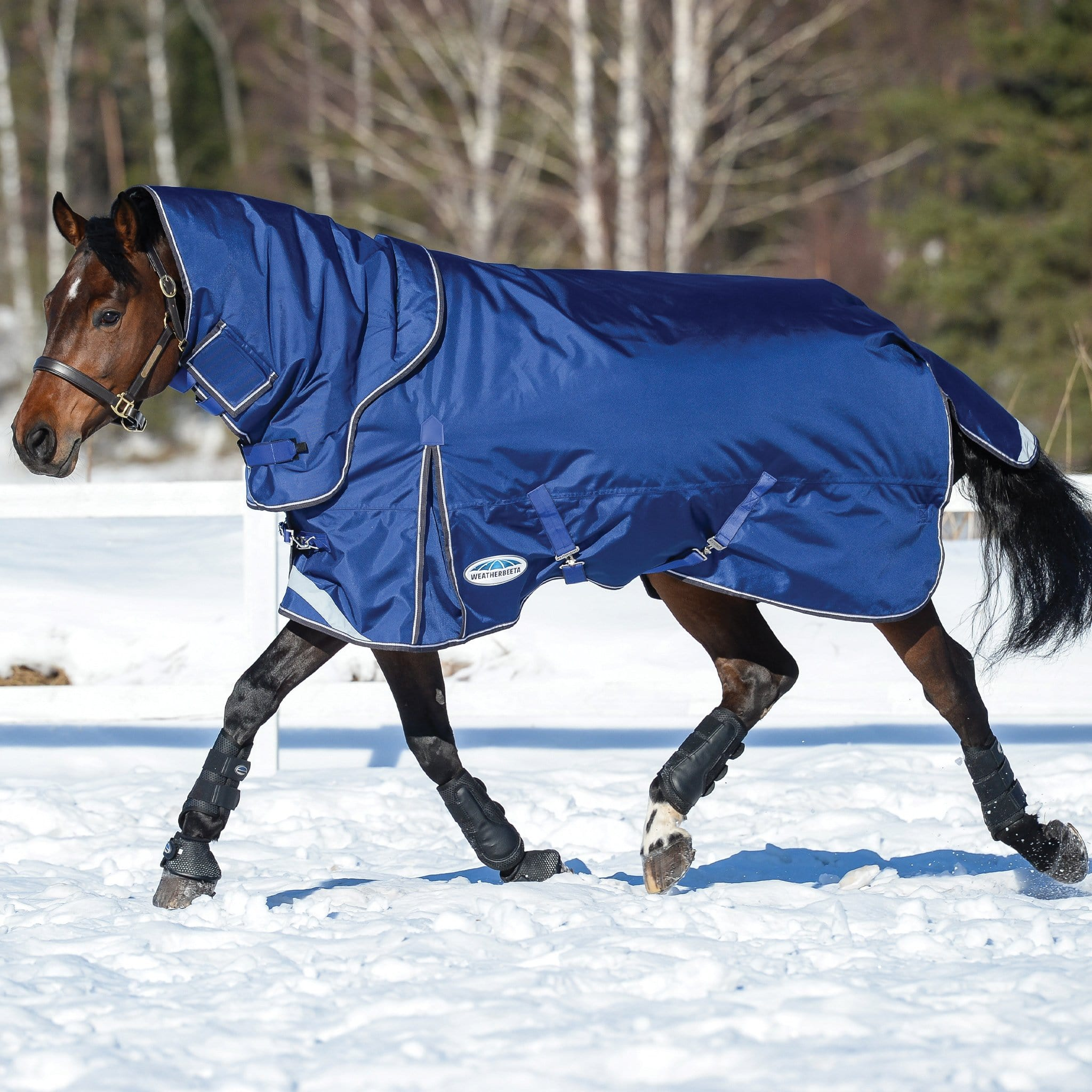 Weatherbeeta ComFiTec Ultra Tough II Mediumweight 220g Detachable Neck Turnout Rug Blue Charcoal and White 1003666003