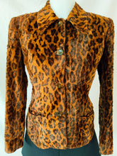 Load image into Gallery viewer, Vintage leopard print button up coat
