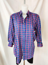 Load image into Gallery viewer, Vintage blue patterned button up shirt