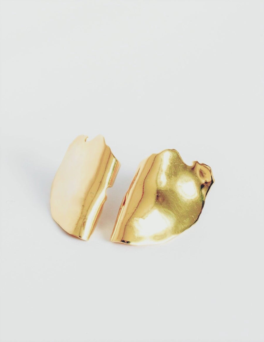 Ruhnu Earrings in Gold