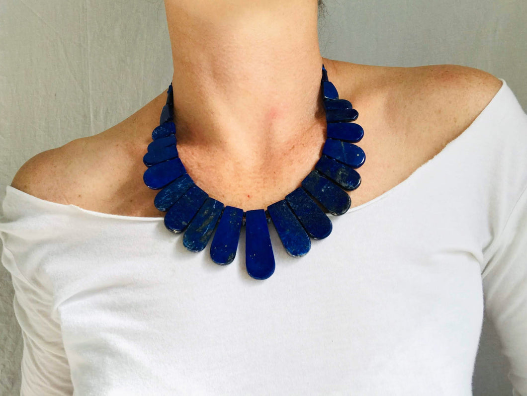 Graduated Lapis Beaded Necklace.