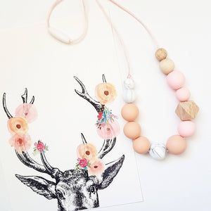 Indi Necklace Peach Marble
