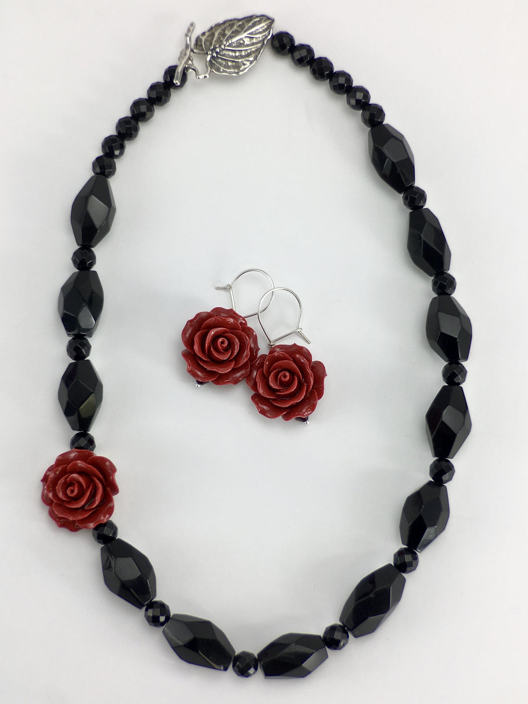 Red rose onyx necklace set