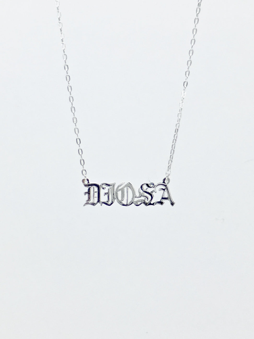 DIOSA nameplate chain necklace in sterling silver