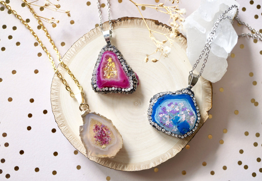 Real Dried Flowers and Resin Necklace, Blue Crystal Druzy Geode in Purple and Pink