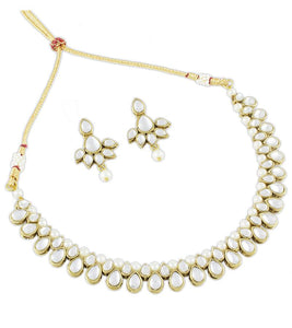 Karatcart Traditional Kundan Jewellery Set