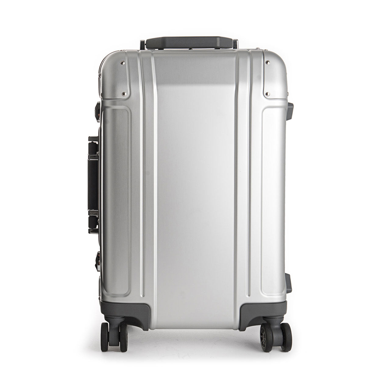 Zero Halliburton Geo Aluminum Carry-On