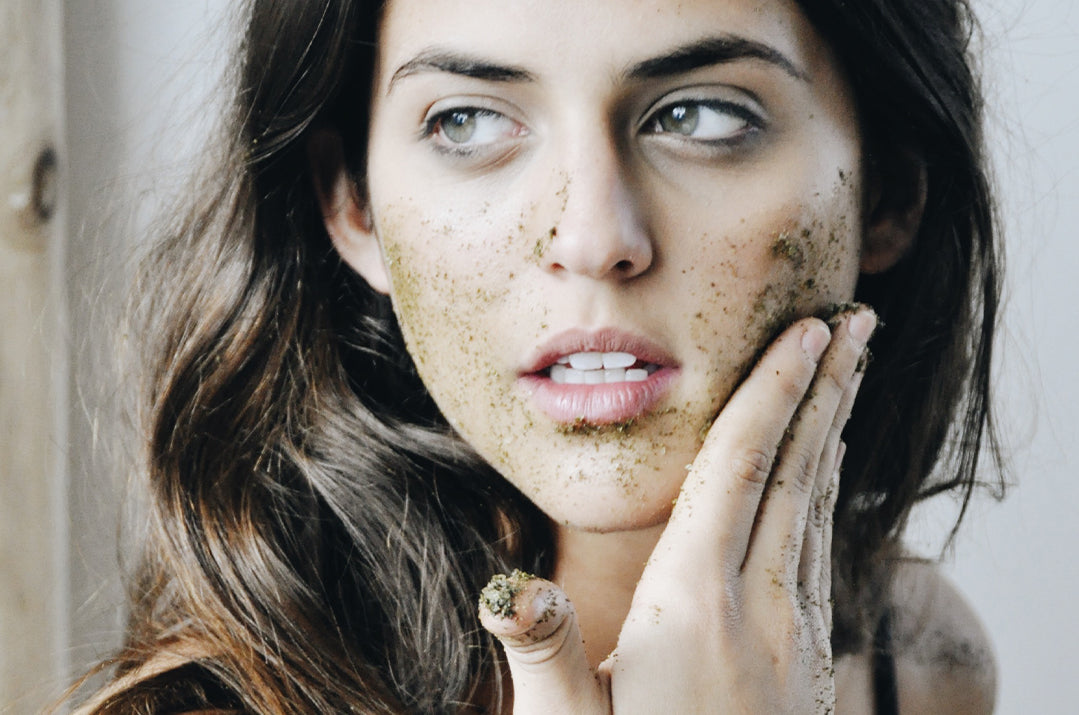 Seaweed Powder Gentle Facial Scrub Recipe