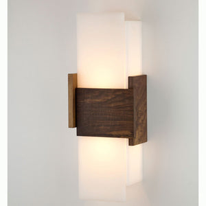 Acuo Wall Sconce