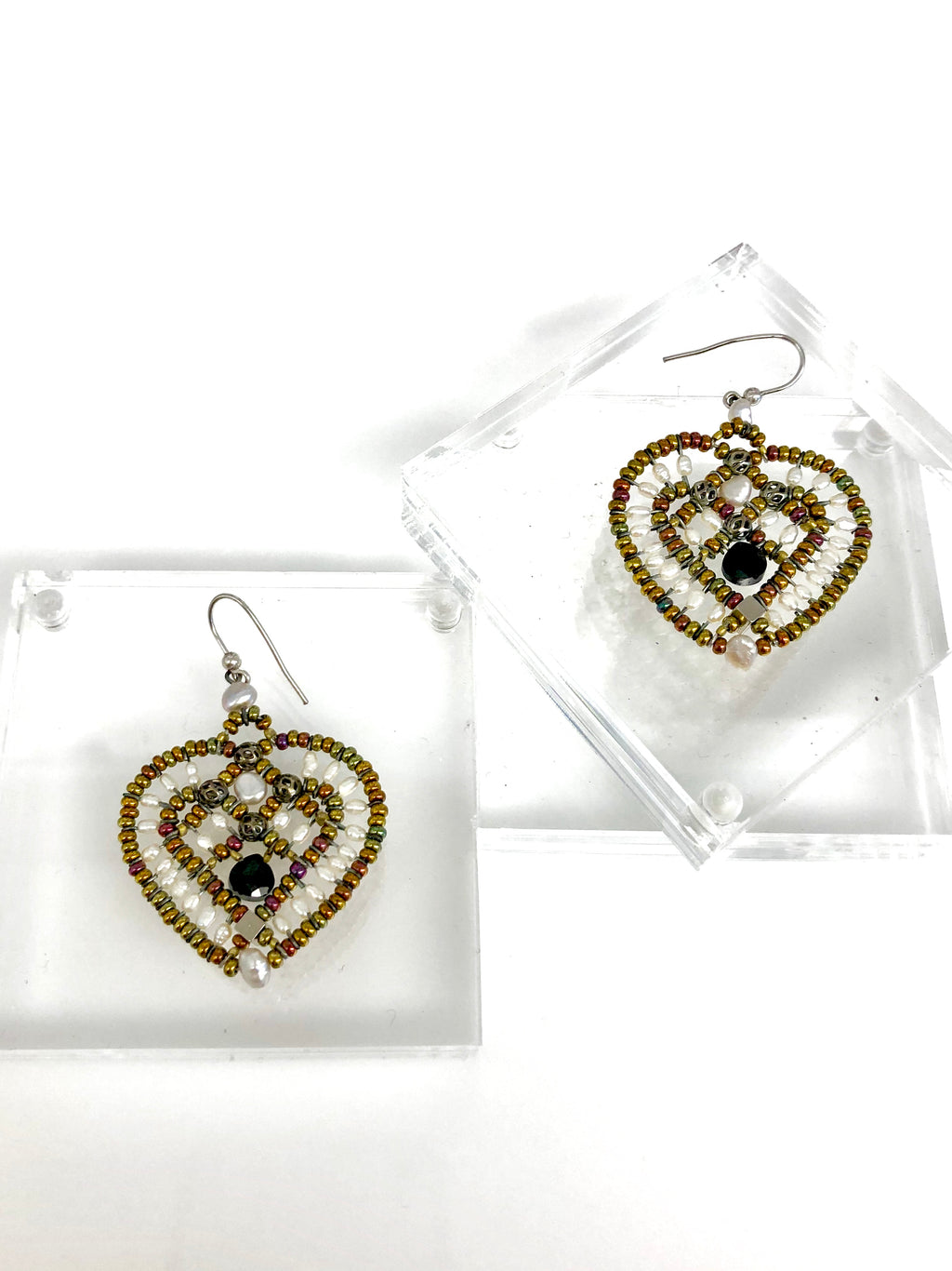 Jewelry. Earrings Heart Pearl