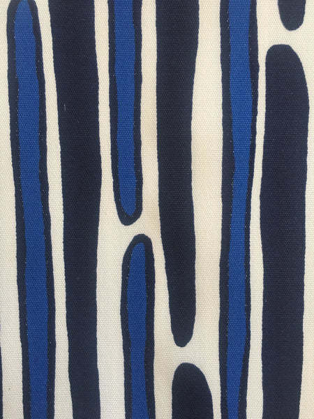 MORRIS COBALT/NAVY on outdoor SWATCH