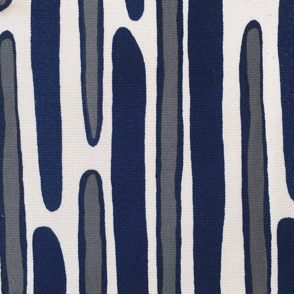 MORRIS GRAY/NAVY on outdoor SWATCH