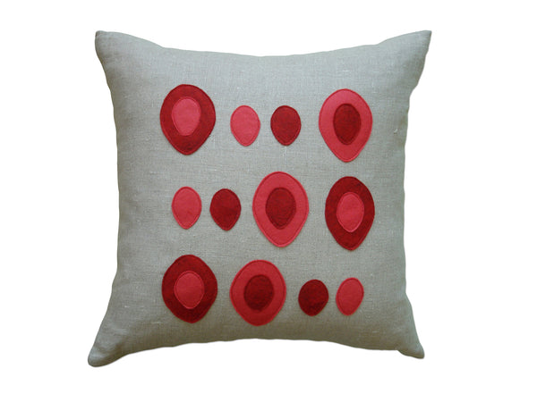 Eggs pillow red/strawberry