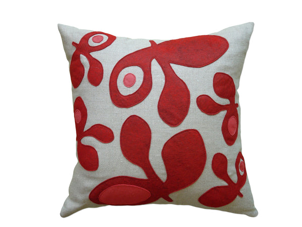 Pods felt pillow red/strawberry