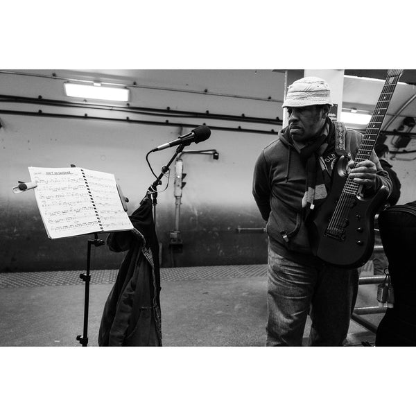 AIN'T NO SUNSHINE