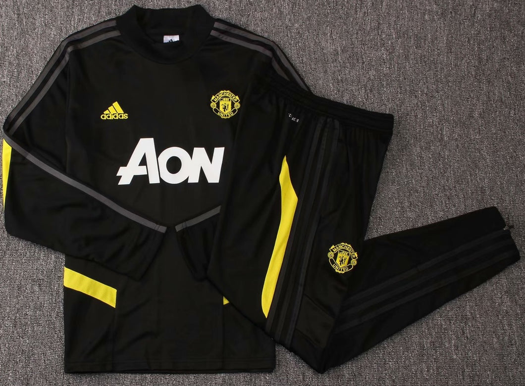 Man Utd 2019-20 Black Round Neck Training Suit
