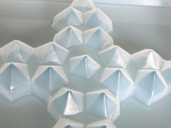 Faceted cross mold 776
