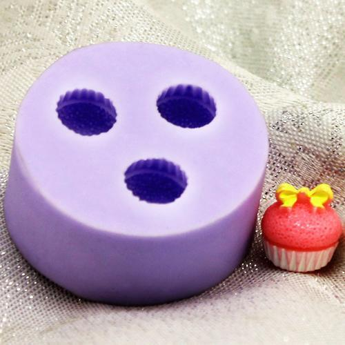 Three cupcake silicone mold