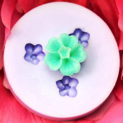 Tiny flower silicone mold
