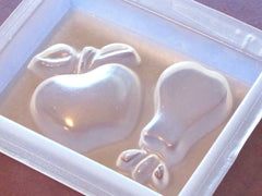 Pear and apple mold 846