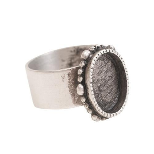 Antique silver ornate oval ring