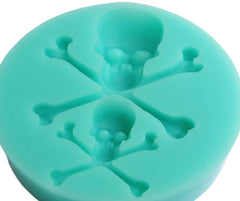 Skull and crossbones reusable silicone mold